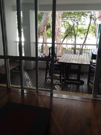BeachView Apartments at Villa Paradiso: verandah