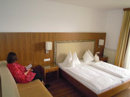 Rosenhof Weingut Hotel