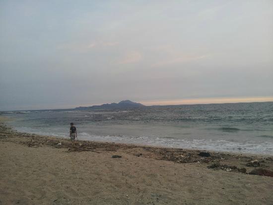 Alau Alau Resort: plage