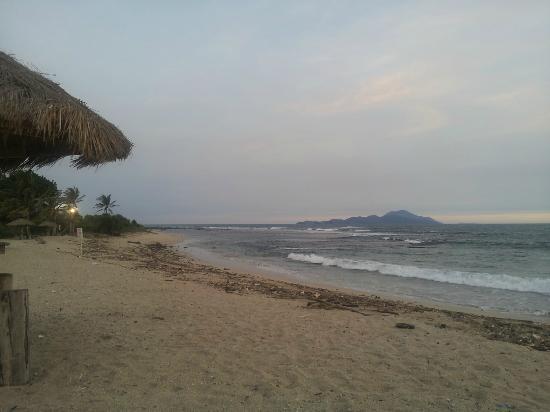 Alau Alau Resort: Vue du Krakatoa
