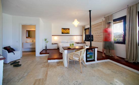 4reasons hotel+bistro: Casual Room