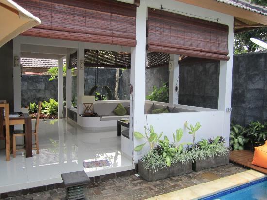 Villa Teman: Outdoor living area