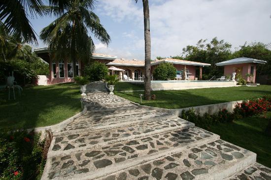 Villa Rosa: Außenanlage