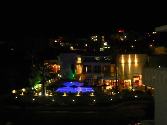 Bali Star Hotel: Bali star at night
