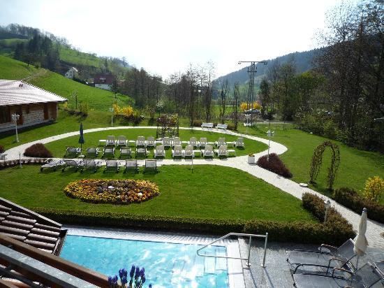 Hotel Ludinmuhle: Liegewiese