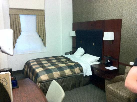 Club Quarters Hotel, Wall Street: Our room - 907