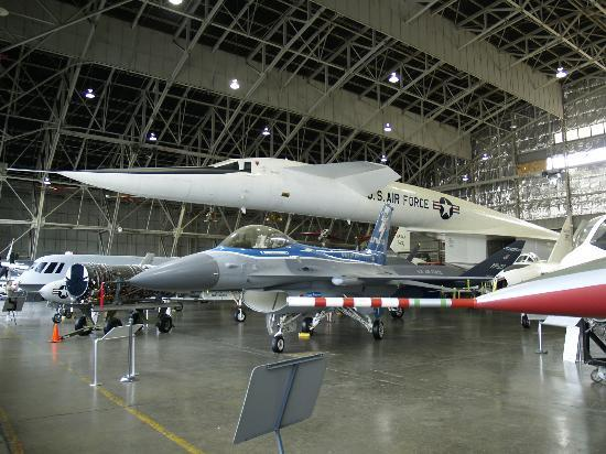 the xb 70 valkyrie bomber picture of national museum of the u s air force dayton tripadvisor. Black Bedroom Furniture Sets. Home Design Ideas