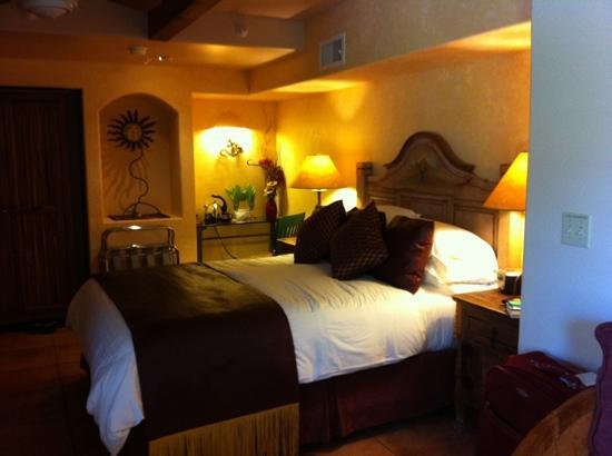 The Suites at Sedona: beautiful decor and spotless