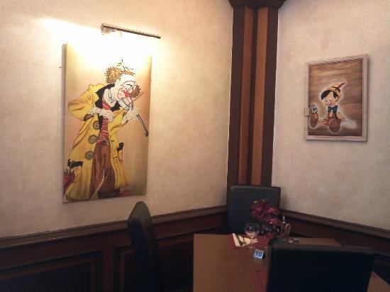 Le Pinocchio : Inside the Restaurant