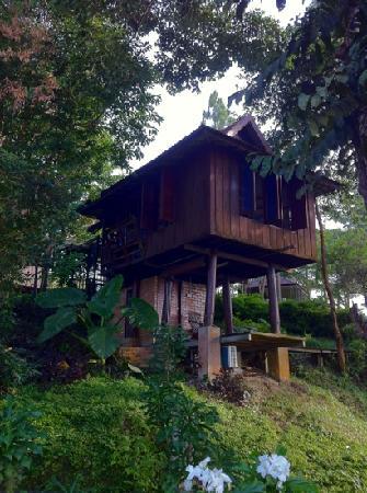 Malihom Private Estate: The Barn (Sankhara) overlooking the Balik Pulau beach