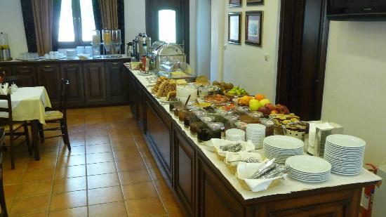 Dellas Boutique Hotel: the superbreakfast!