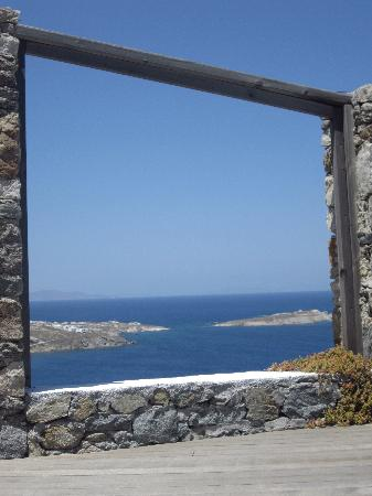 Tharroe of Mykonos Hotel: View from hotel