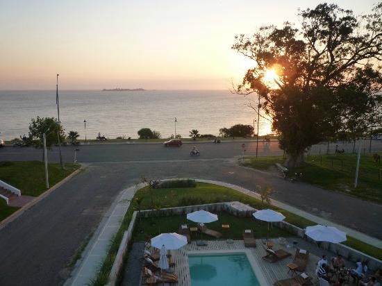 Costa Colonia Riverside Boutique Hotel: Atardecer en el hotel