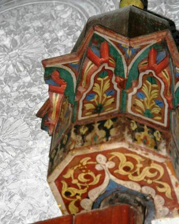 Dar El Menia : detail in courtyard