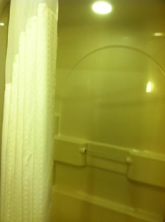 Holiday Inn Express Absecon - Atlantic City Area: shower view. Tub was super clean!