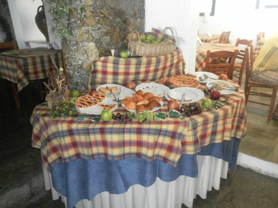 Kalafatis, Grecja: Il buffet