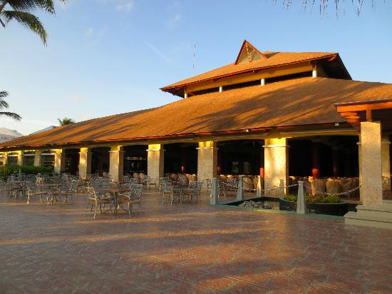 Excellence Punta Cana: The stars bar & Theater