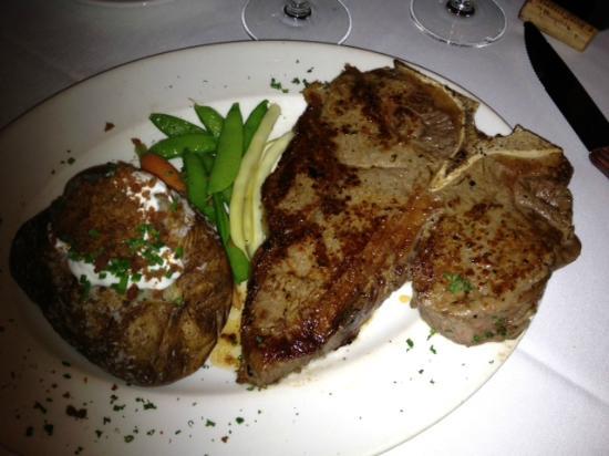 Donovan's Steak and Chop House: Porterhouse