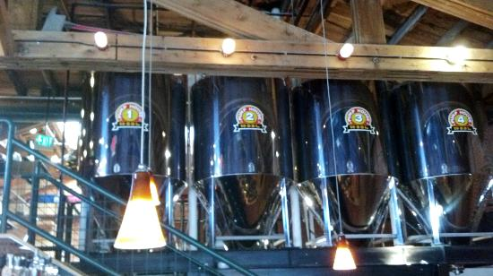 Pumphouse Brewery: brewery behind the bar