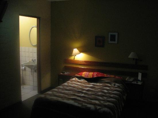 Hotel Sipan: Room