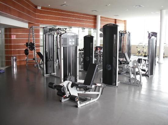 Sun Palace: the gym also plent of cardio