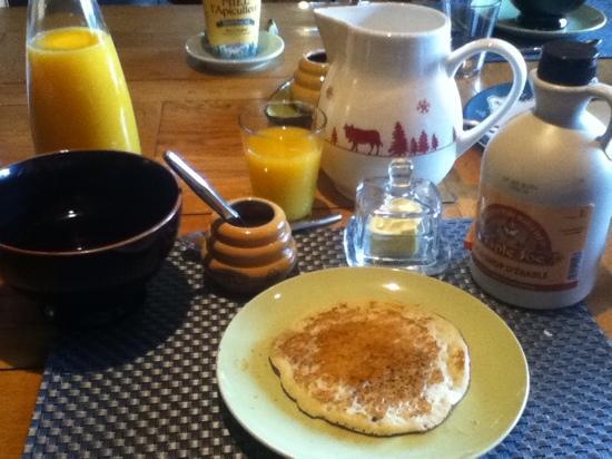 Chalet le Pot de Miel : Petit déjeuner