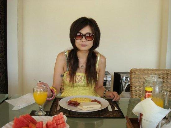 The Cemara Umalas: 簡易式早餐