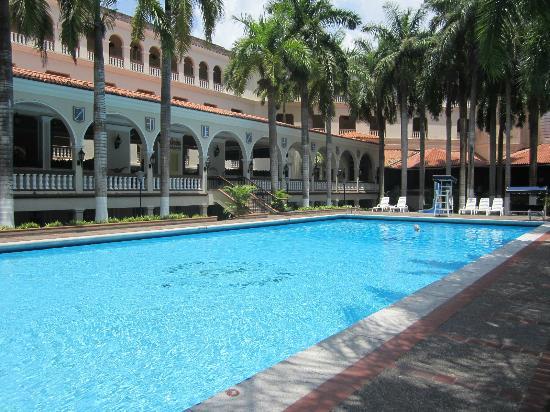 El Prado Hotel : Pool