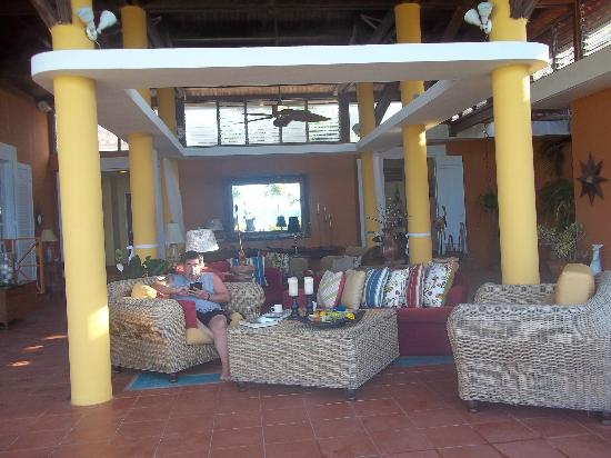 Blue Horizon Boutique Resort: garden room /lobby