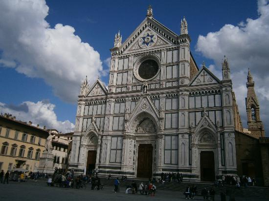 Basilica di Santa Croce: fachada
