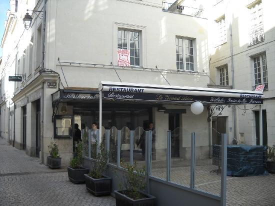Le Grand Bleu, Saumur - Restaurant Reviews, Phone Number & Photos ...