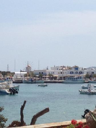 Antiparos Hotel Begleri: the port of antiparos