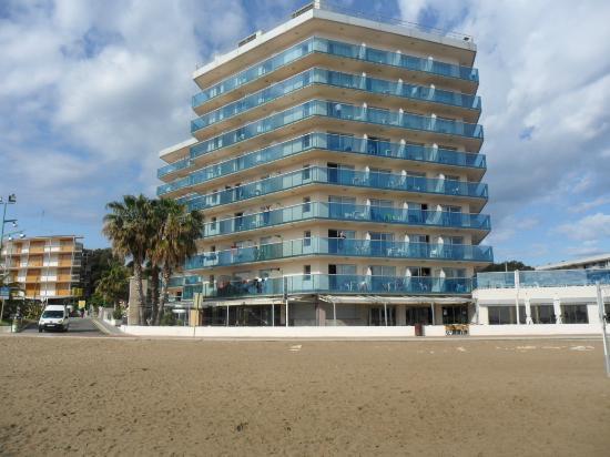 Golden Donaire Beach Hotel: Hotel