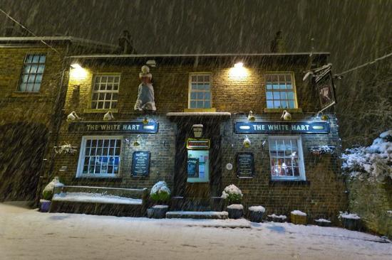 white hart inn: The White Hart winter 2010