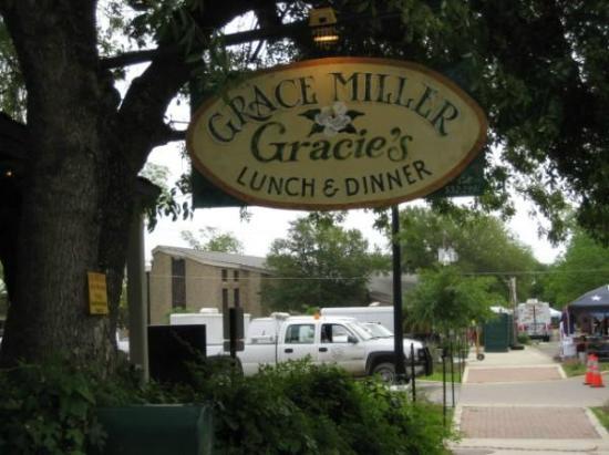 The Grace Miller Restaurant: Gracie's Sign