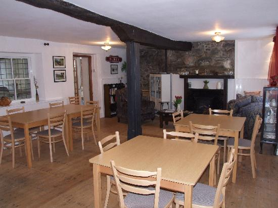 Aber Cottage : Guest Lounge & Dining Room