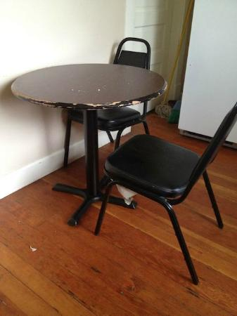Aura Soma Lava: Kitchen table - old, poor condition, small, unacceptable