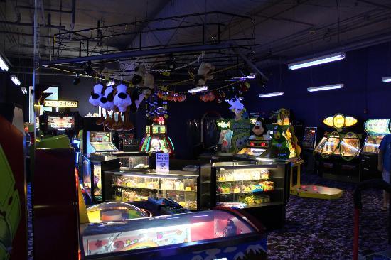 Grand Lodge Waterpark Resort: Kids Arcade