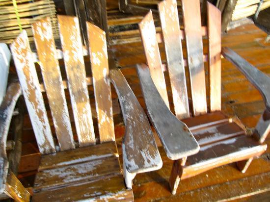 Azulik: Sillas que se encuentran el el Deck Cabaña 4