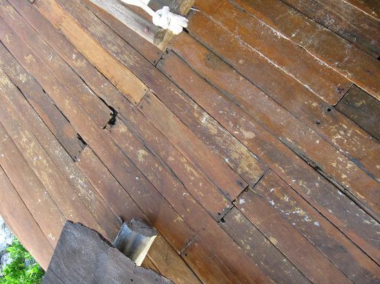 Azulik: Piso del Deck de Cabaña 10
