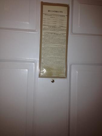 Westford Regency Inn: door in room