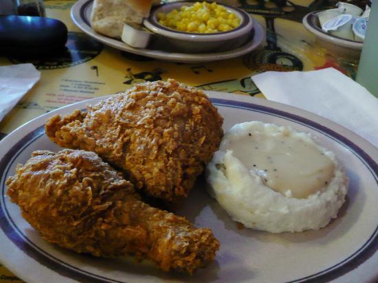 Branson Cafe: Chicken Dinner