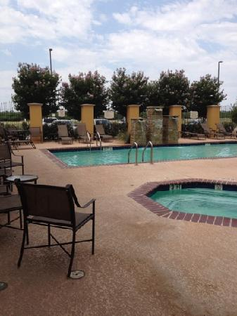 Residence Inn Abilene: Pool and hot tub