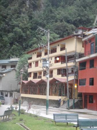 Santuario Hotel: Looks ok from the outside.....