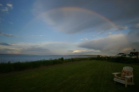 The Commander's Beach House: Rainbow