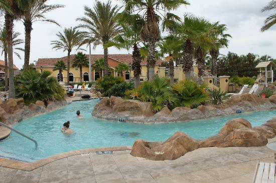 Villas at Regal Palms Resort & Spa: lazy river