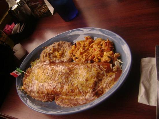 La Senorita Mexican Restaurant: Burrito