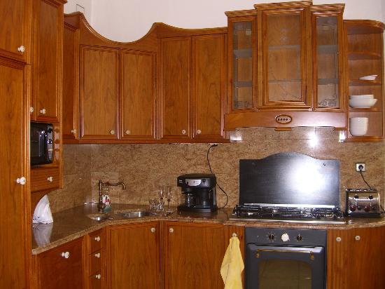 Malostranska Residence: Kitchen