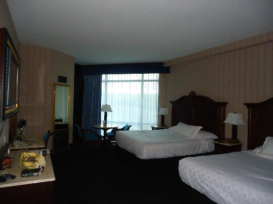 Montego Bay Casino Resort: Large rooms