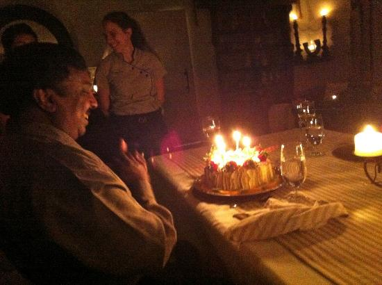 Delamore Lodge: Picture of the birthday cake they made for my father.
